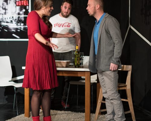 Waisen Dennis Kelly Triebwerk7 tON/NOt Theater praesent Innsbruck Christa Pertl